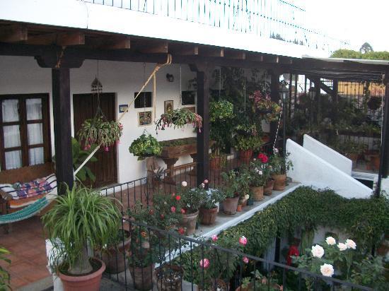 La Villa Serena: Upper Balcony