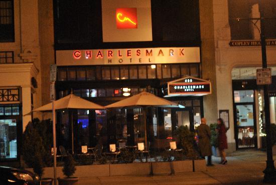 تشارلزمارك هوتل: Hotel Entrance