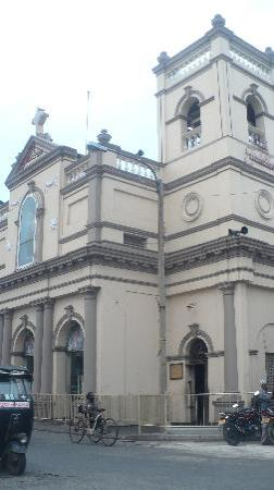 first Colombo Cristian church