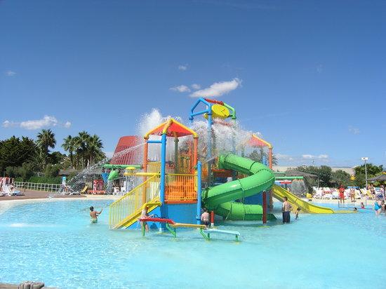 Aquopolis Costa Dorada : Something for kids