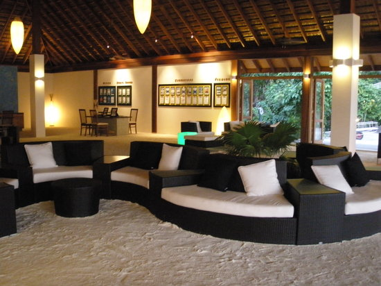 Vilamendhoo Island Resort & Spa: Reception