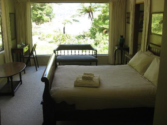Tawa Cove Lodge/ D B&B: Honeymoon Suite