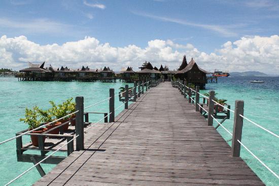 Sipadan Mabul Resort Pool