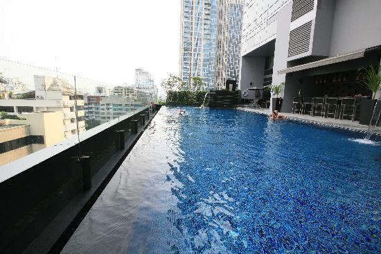 Swimming Pool Picture Of Novotel Bangkok Ploenchit Sukhumvit Bangkok Tripadvisor
