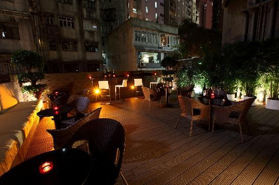 Fifty2 Lounge: Outdoor Terrace