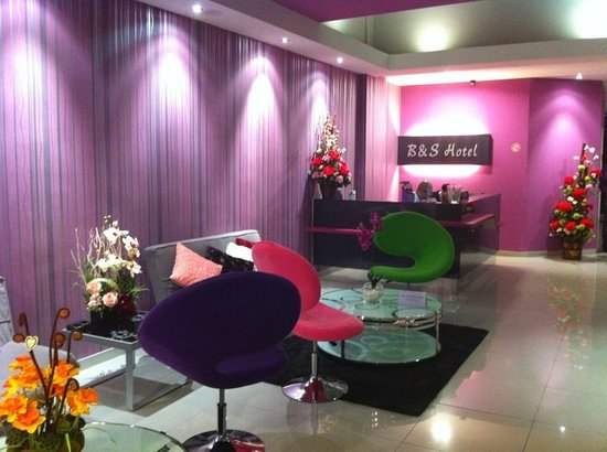 B&S Boutique Hotel: Lobby