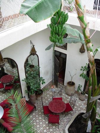 Riad Dar Tayib: vue sur le patio