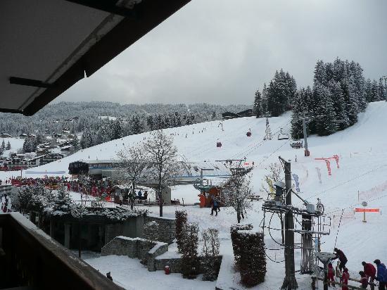 Chalet hotel La Marmotte : vue de notre chambre