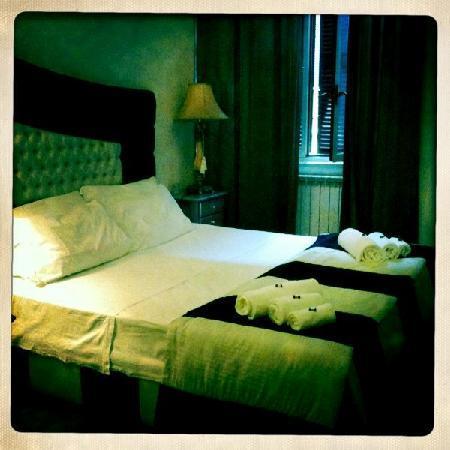 Trastevere Relais: master bedroom