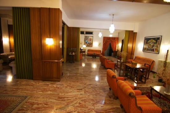Hotel Maitani: Lobby