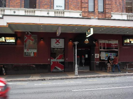 Base Brisbane Embassy: L'entrée de l'auberge