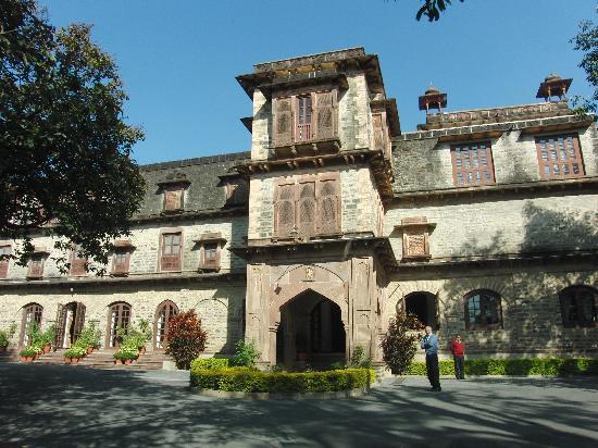 Palace Hotel: Palast außen