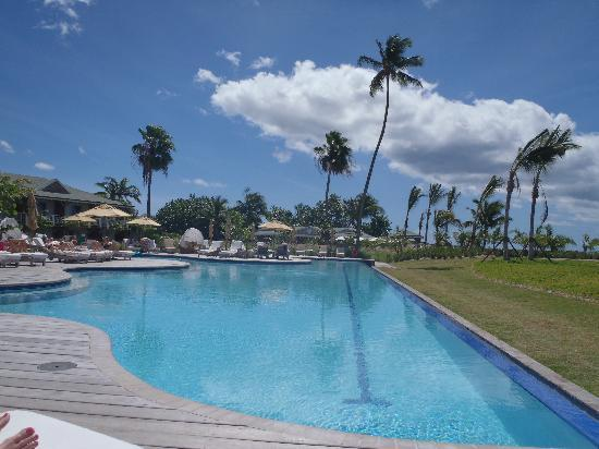 Four Seasons Resort Nevis, West Indies: Reflection/Adult pool