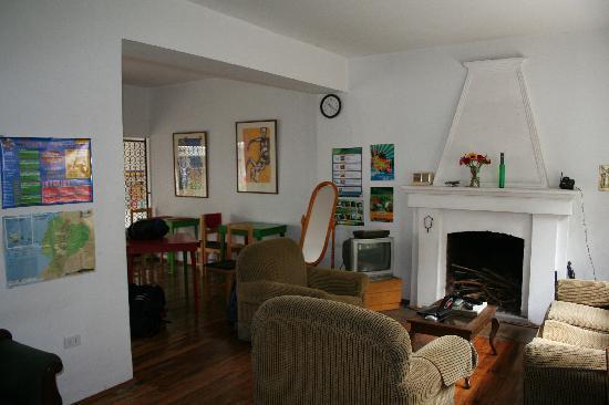 Casa Kanela: main entrance and lounge
