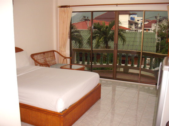 Palmview Resort Patong Beach: Zimmer