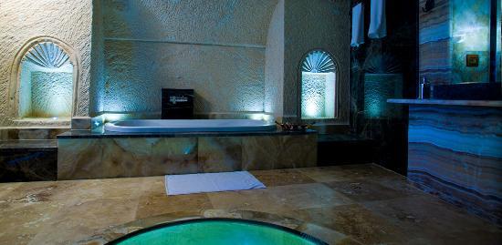 MDC Hotel: SUIT ROOM