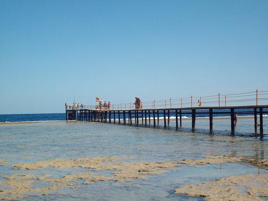 Tamra Beach: la spiaggia e il mare splendido