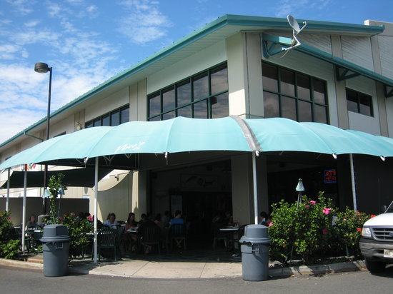 Nico's at Pier 38 - order inside at the counter and dine on the patio