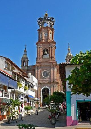 l'eglise baroque de puerto vallarta