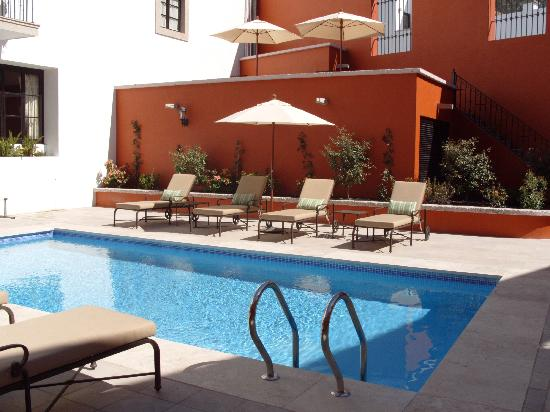 Hotel Casa Primavera: Pool