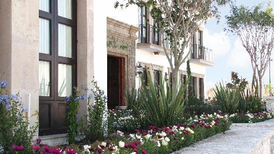 Hotel Casa Primavera: Facade
