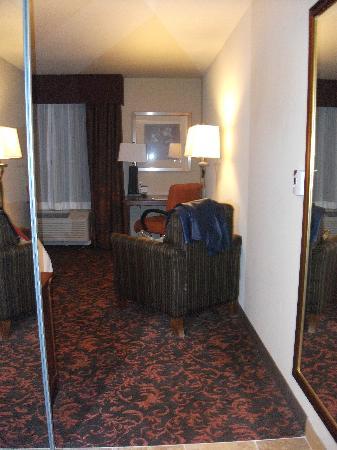 Hampton Inn & Suites Holly Springs : Entry