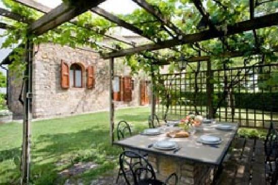Agriturismo Poggetto: La Pergola, Private garden