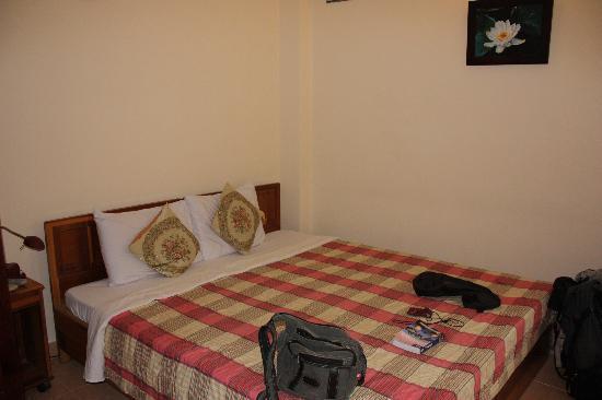 Kim Hotel Room 2