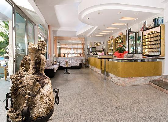 Hotel Majorca: La Hall