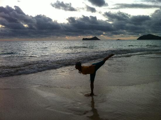 Aloha Beach Vacation Rentals: Morgens am Strand