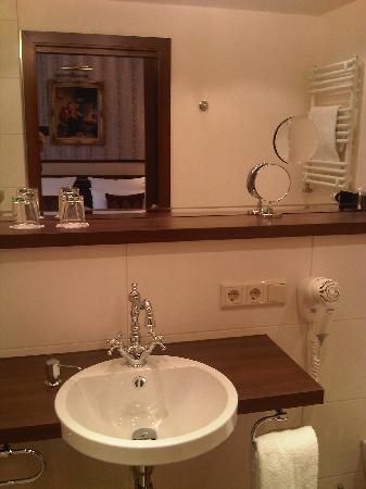 Hotel Villa Achenbach: Bad