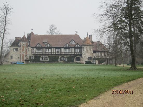 Manoir de Beaumarchais: Het huis in de winter.