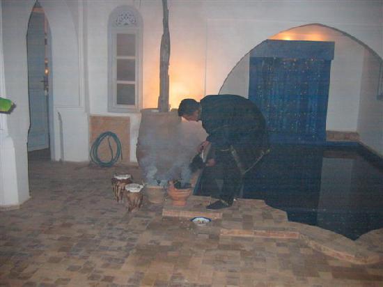 Riad El Kenz : PREPARATION REPAS