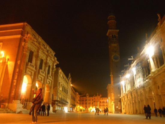Basilica Palladiana: piazza dei signori