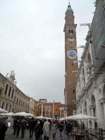 Basilica Palladiana: basilica e campanile