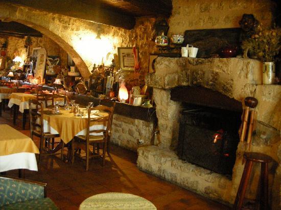 L'Auberge de Baudinard : salle du restaurant