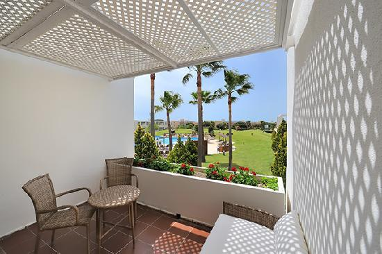 Hotel Vincci Costa Golf: Costa Golf Terraza habitacion