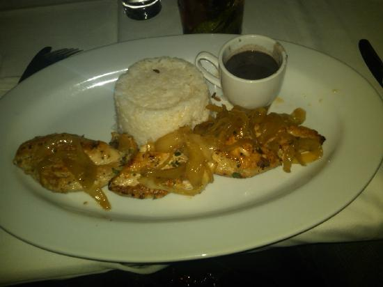 Bongos Cuban Cafe: This is how my dinner at Bongo looked like.