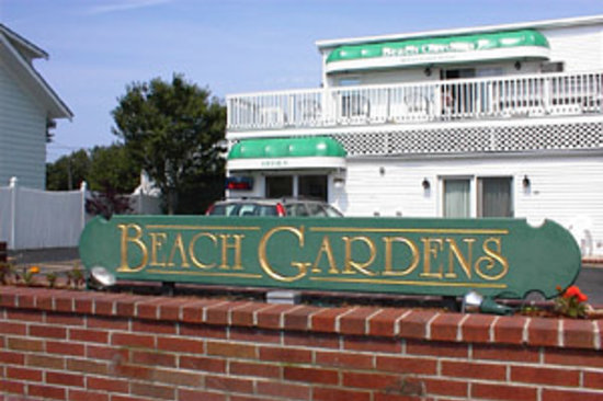 Beach Gardens Motel and Suites: Beach Gardens Motel & Suites Front View