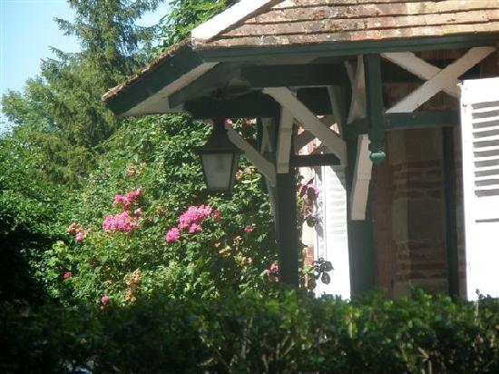 Le Moulin Auguerard: Entrée de notre maison