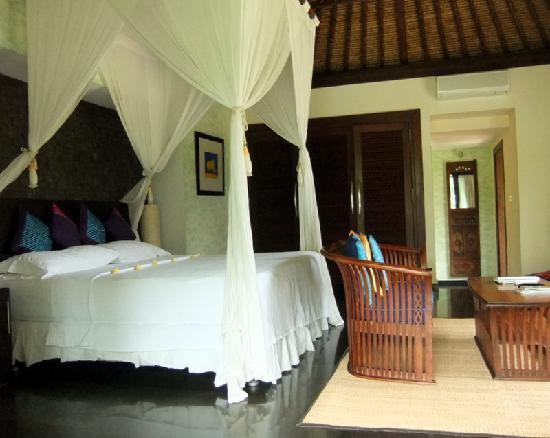 Villa di Abing: Master bedroom