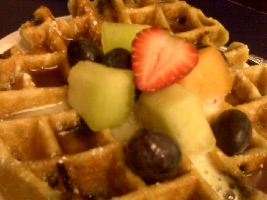 Belgian Waffle Breakfast-Cinnamon Bear Creekside Inn Sonoma, CA