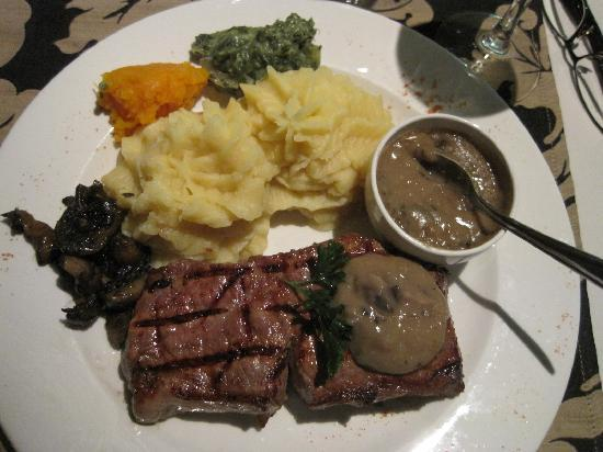 "Cape Town Lodge: ""lady's beef"" at The Famous Butchers Grill - the restaurant."