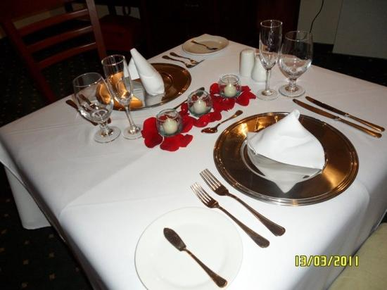 Crowne Plaza Maruma Hotel & Casino: detalle de la mesa