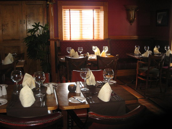 Bella Vista Bar & Bistro: Waves @ Bella Vista Restaurant