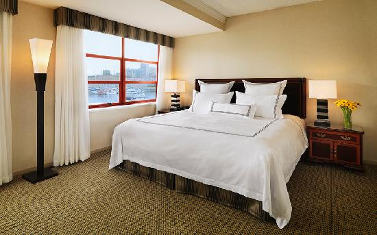 Granville Island Hotel: Look at that view!  -Superior room