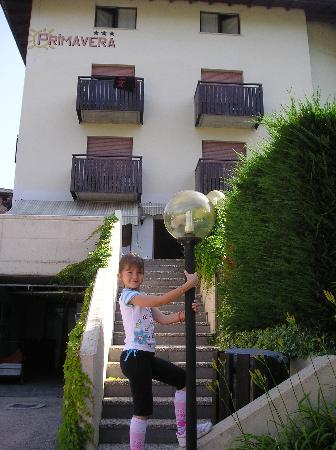 BENVENUTI AL FAMILY HOTEL PRIMAVERA