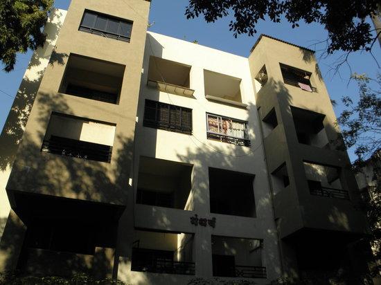 FabHotel Shivajinagar: Gandharv Residency