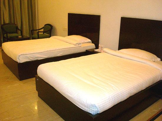 Hotel 42 Amritsar 사진