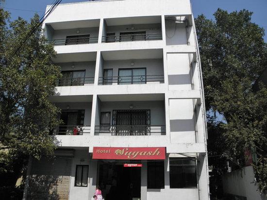 OYO 1091 Hotel Suyash: Hotel Suyash Deluxe